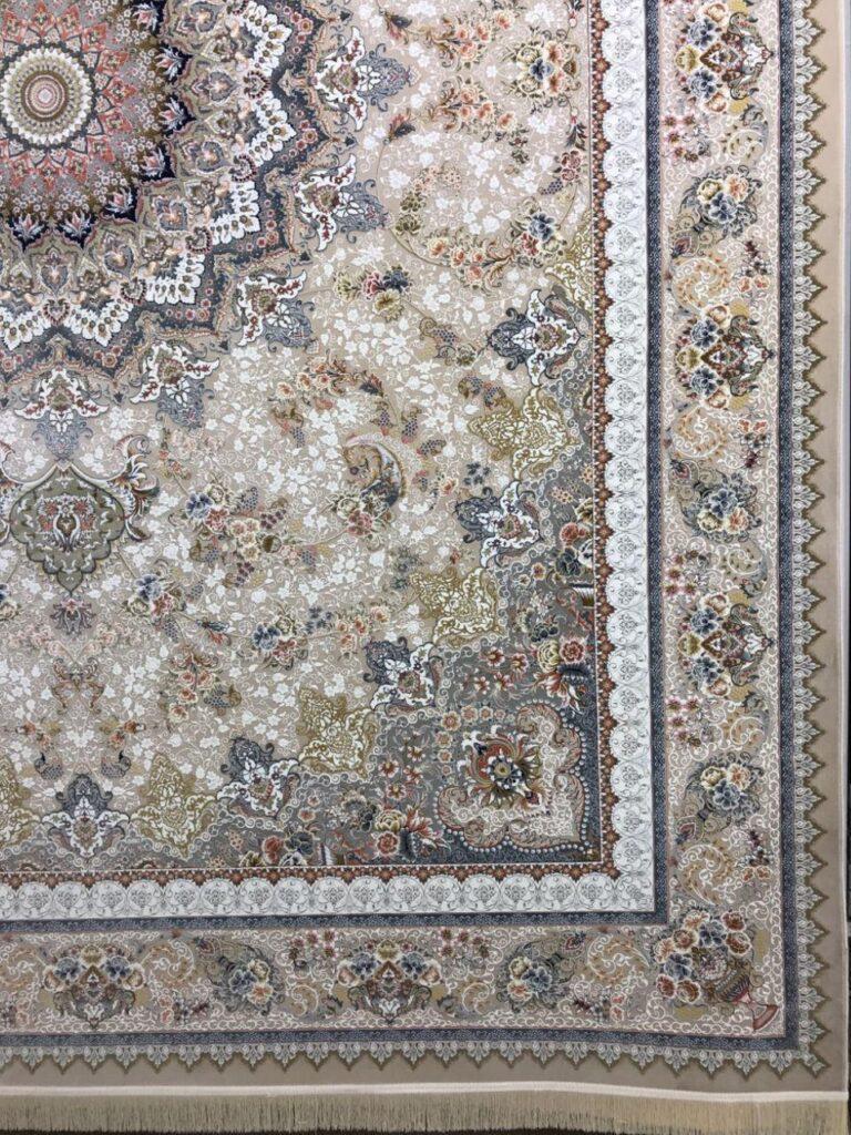 فرش 1500 شانه نقشه گلورین زمینه بژ - گل برجسته