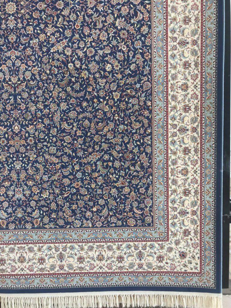 فرش 1200 شانه گل برجسته نقشه افشان گلریز تبریز زمینه کاربنی