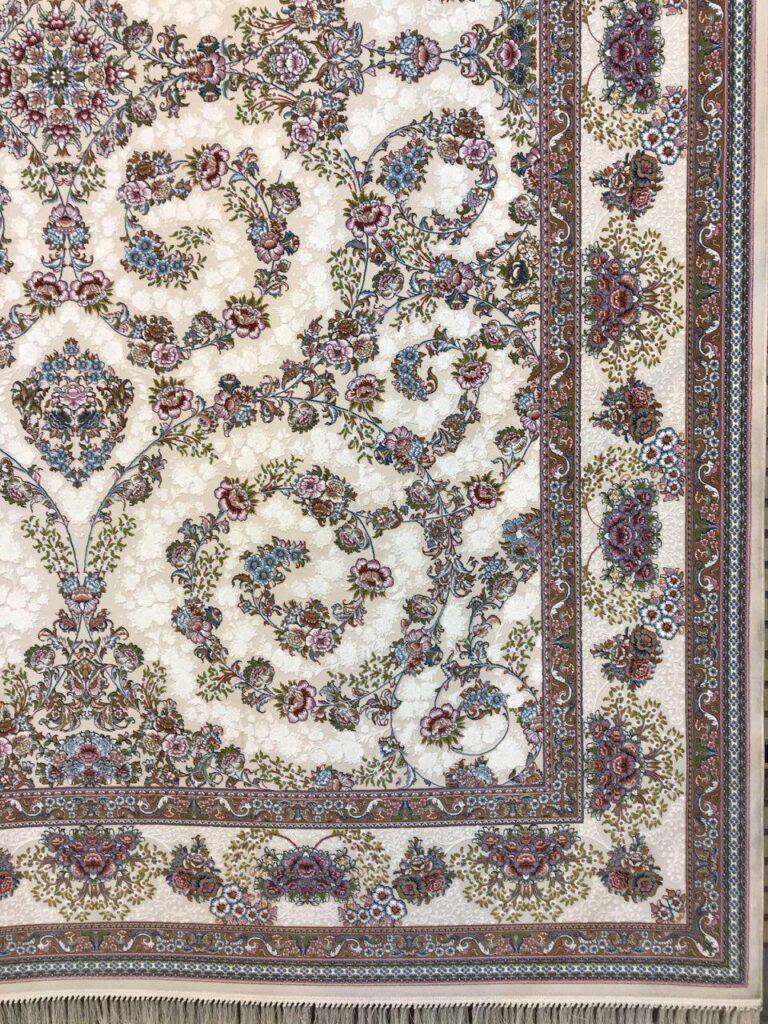فرش 1000 شانه گل برجسته نقشه افشان شاهانه زمینه کرم