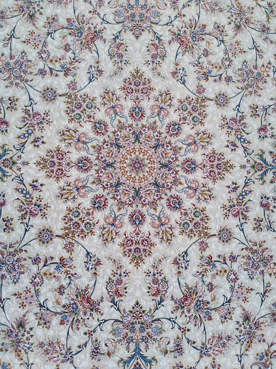 فرش 1200 شانه گل برجسته نقشه افشان خوشه زمینه کرم حاشیه سرمه ای
