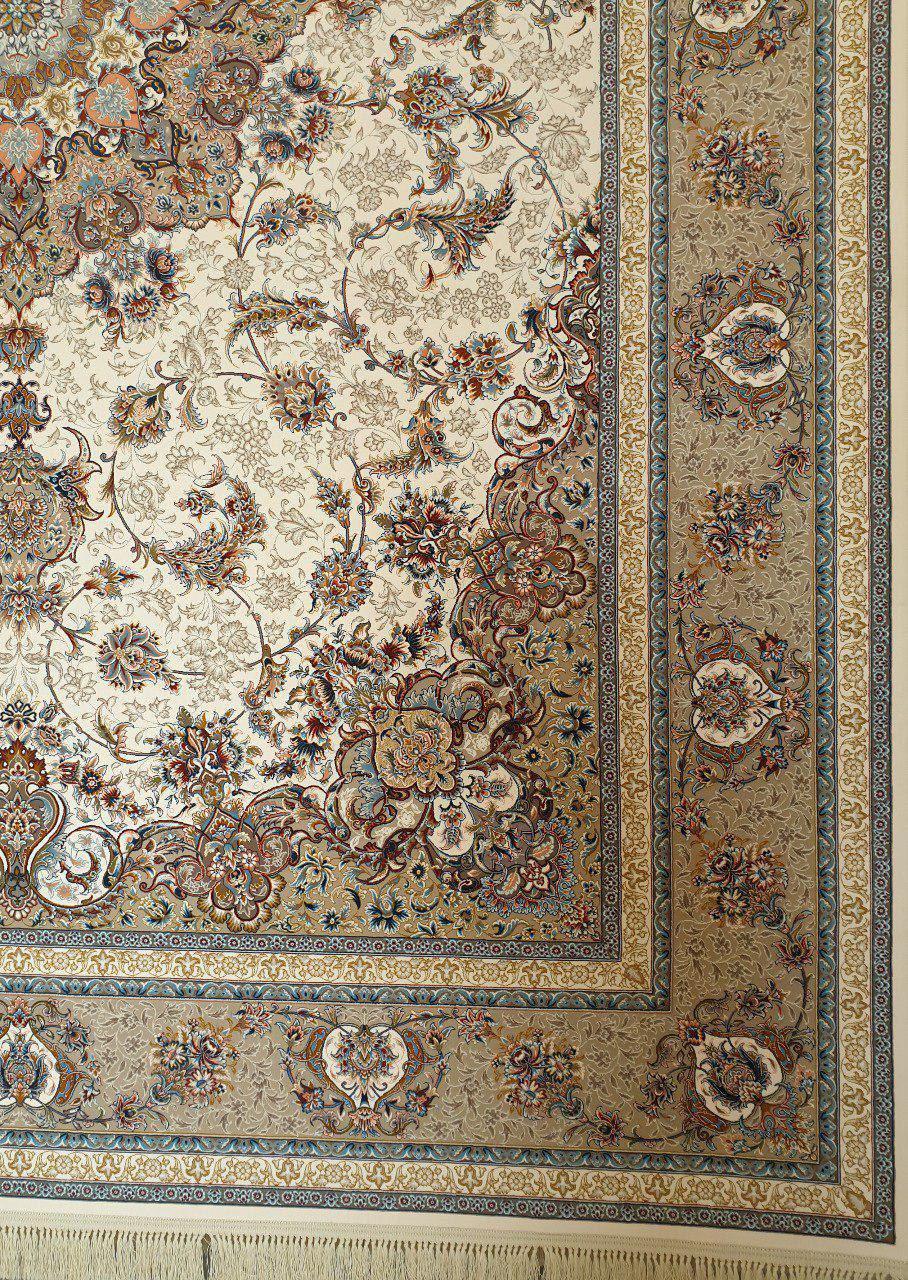 فرش 1200 شانه گل برجسته نقشه اصفهان زمینه کرم
