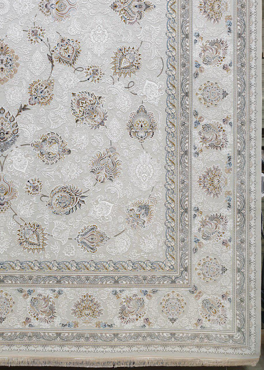 فرش 1500 شانه گل برجسته نقشه ماندگار زمینه کرم نقره ای