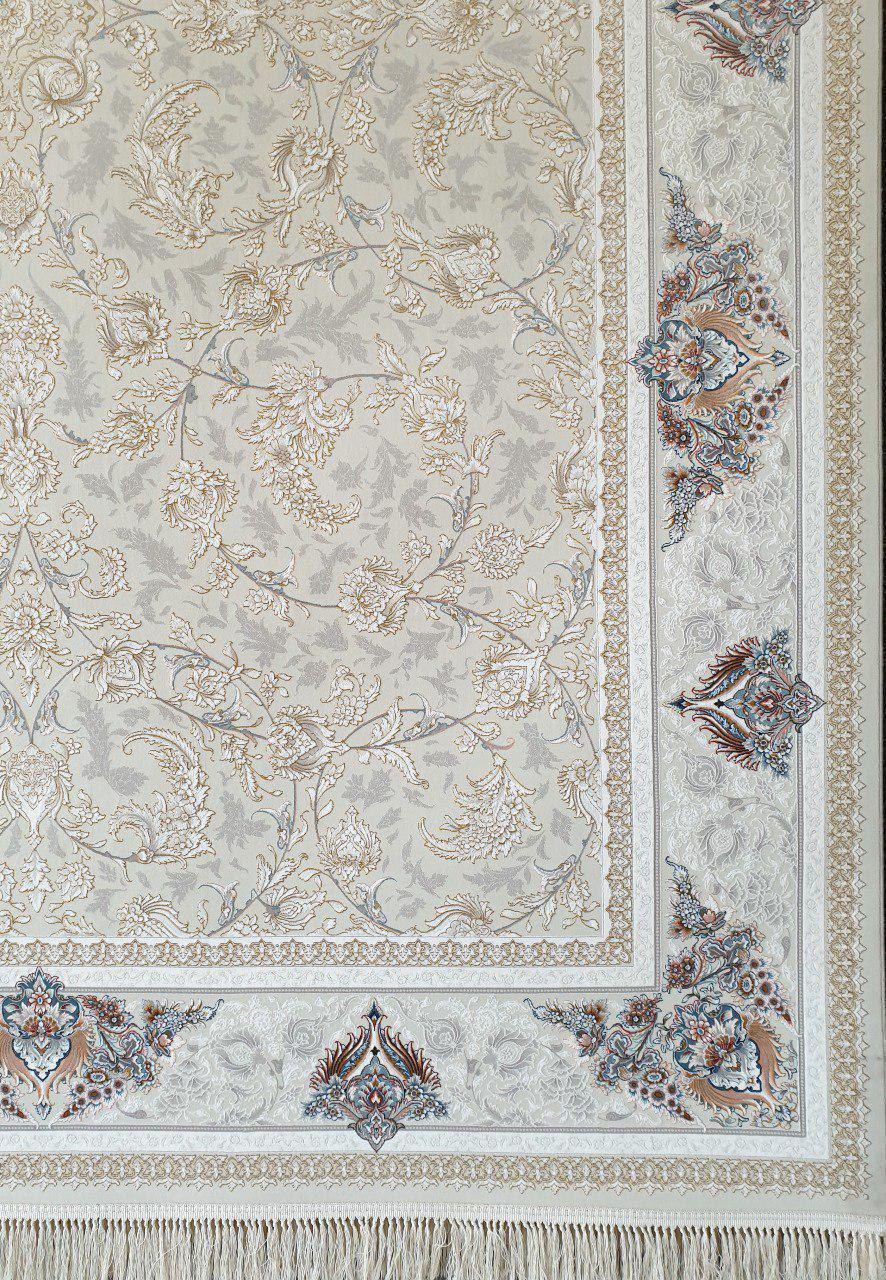 فرش 1200 شانه گل برجسته نقشه پروانه زمینه کرم نقره ای