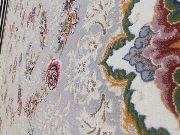 فرش 700 شانه گل برجسته نقشه رژا زمینه فیلی