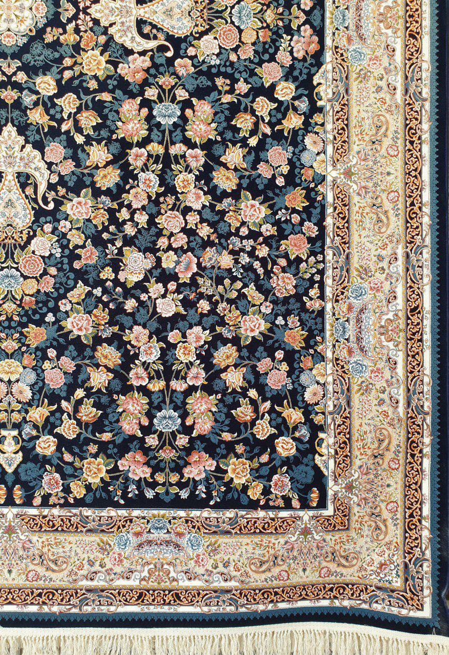 فرش 1200 شانه گل برجسته نقشه سعادت زمینه سرمه ای