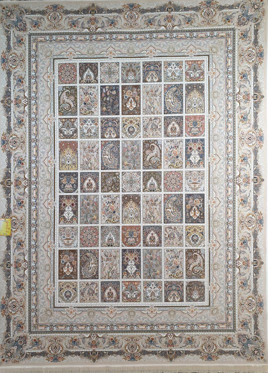 فرش 1500 شانه گل برجسته نقشه خشتی زمینه بژ