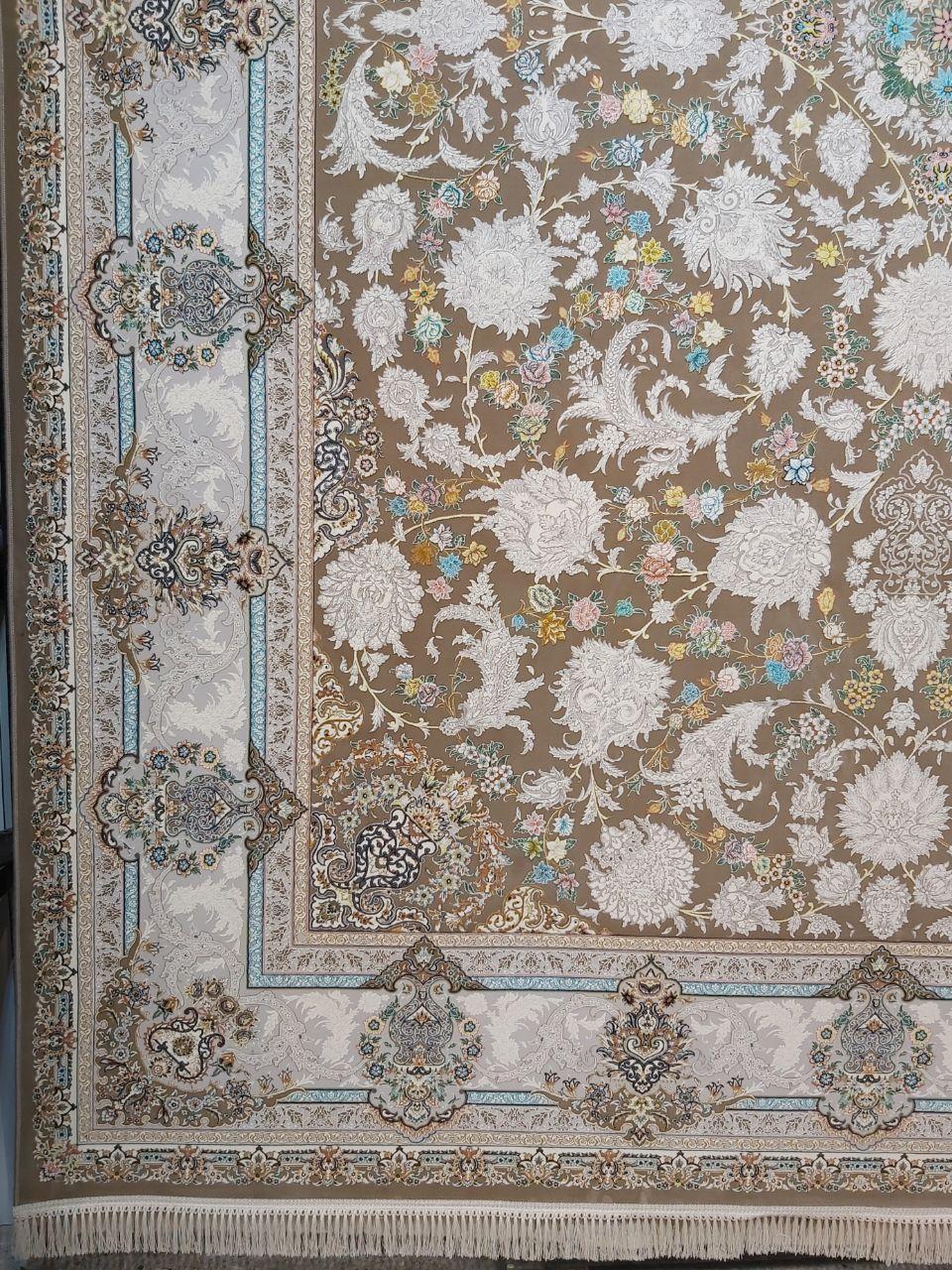 فرش 1200 شانه گل برجسته نقشه هشت بهشت زمینه نسکافه ای
