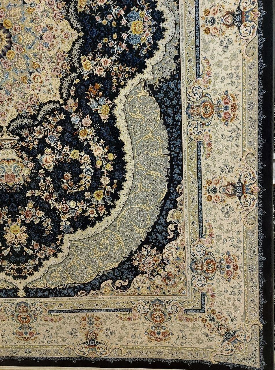 فرش 1500 شانه گل برجسته نقشه روناک زمینه ذغالی